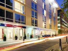 https://hiltongardeninn3.hilton.com/en/hotels/united-kingdom/hilton-garden-inn-bristol-city-centre-BRSCCGI/dining/index.html website